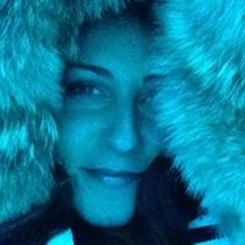 Kelly Cmolik's avatar