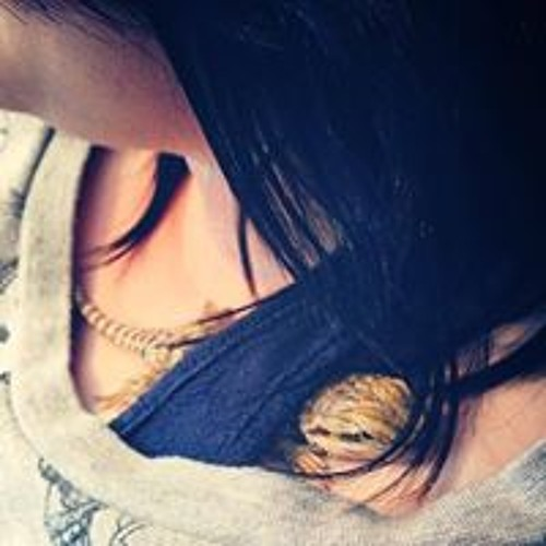 Laura Rae Perry's avatar