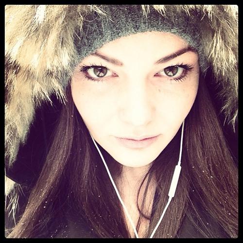 Ise Belle's avatar