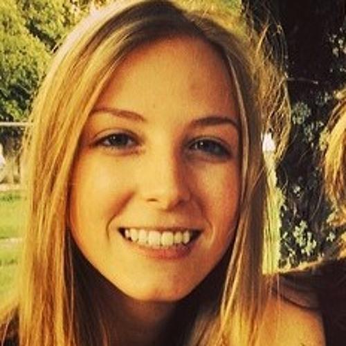 Giulia Ayzemberg's avatar