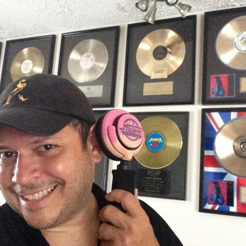 DJ Mickey Garcia's avatar