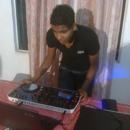 DJ ABHI's avatar