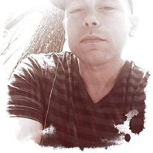 Eric Wayne 5's avatar