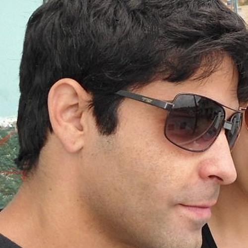 Luciano Oliveira Luz's avatar