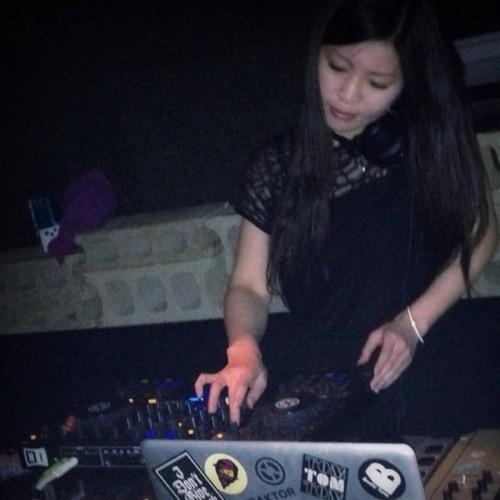 Yuko Lotus's avatar