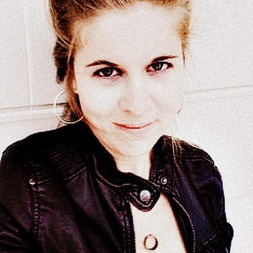 Sarai Moore's avatar
