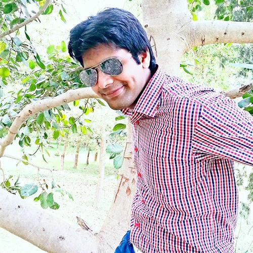 Ussama Maqbool's avatar