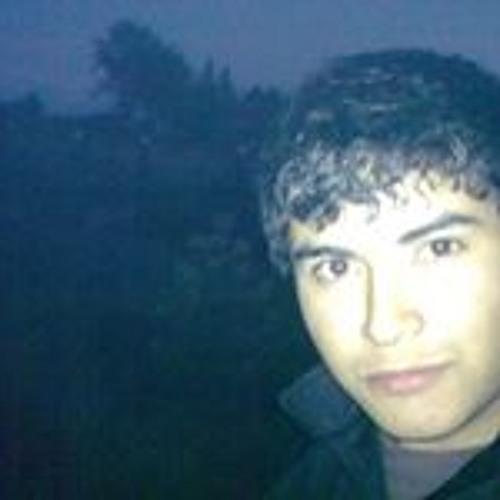 Luis Sanhueza 3's avatar