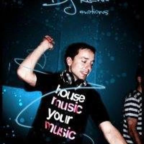 DJ Richie Official's avatar