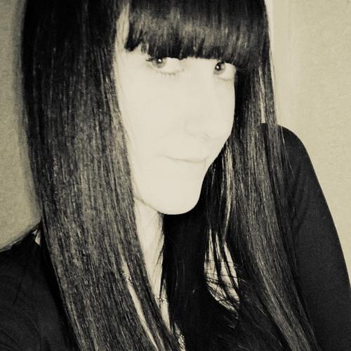 Shirin Defne's avatar