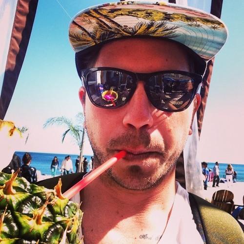 Mike Wegner's avatar