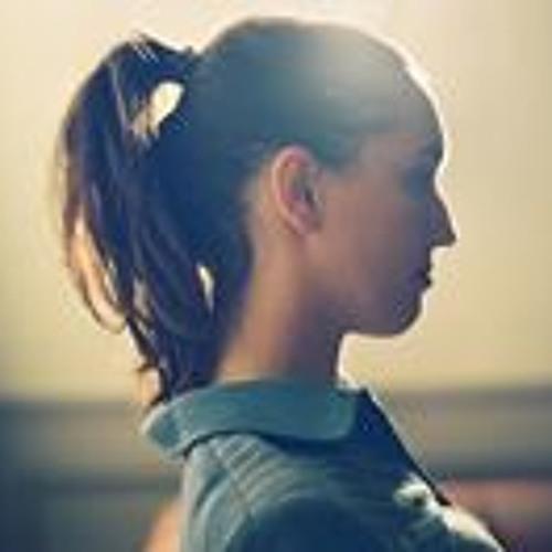 Flora_Liron's avatar
