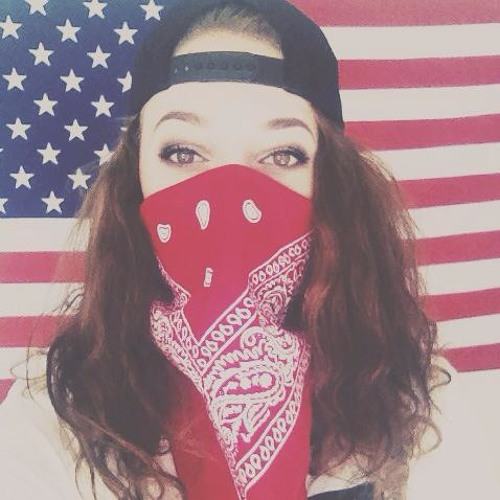 Denice Cade's avatar