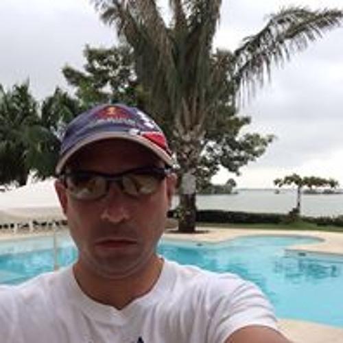 Ricky Navarro 6's avatar