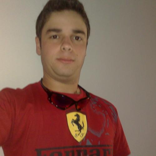 GustavoMendonca's avatar