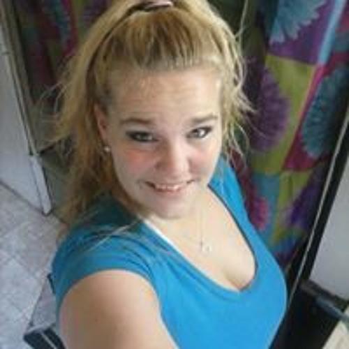 Michelle Day 15's avatar