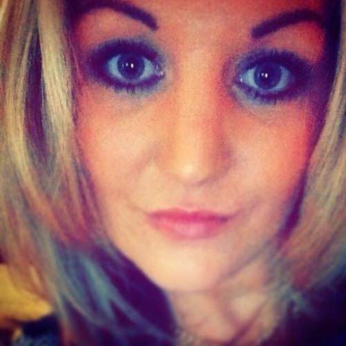 LizzieC's avatar