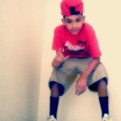 Miguel Jr Montano's avatar
