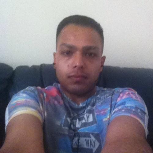 Ali Tinnie's avatar