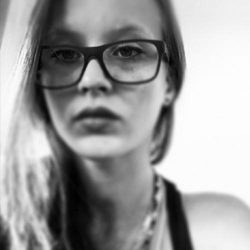 Pruùne Lm's avatar