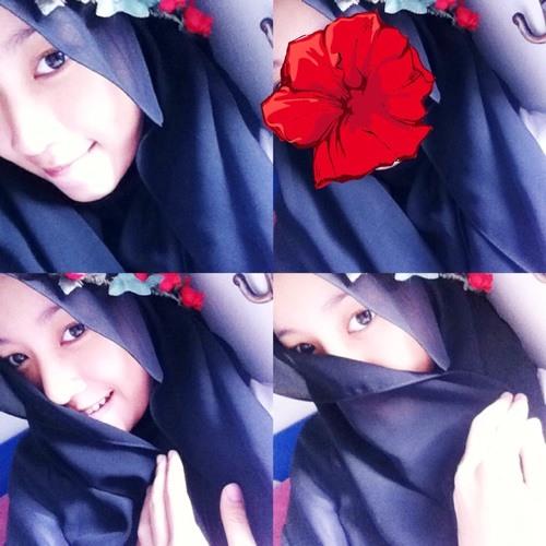 anisafiyaah's avatar
