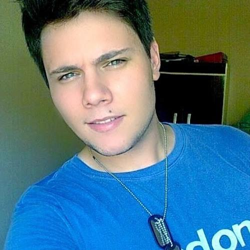 Rodrigo Guaris's avatar