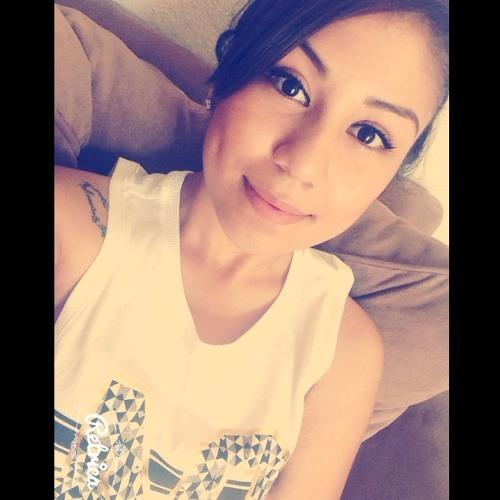 Alexaa <3's avatar