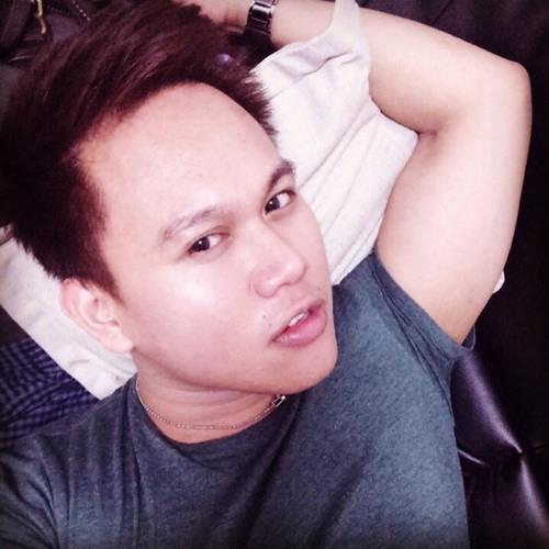 Tino03 's avatar