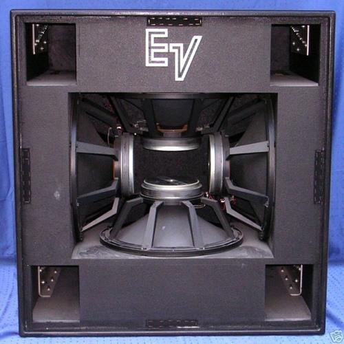 Éphémère 18's avatar