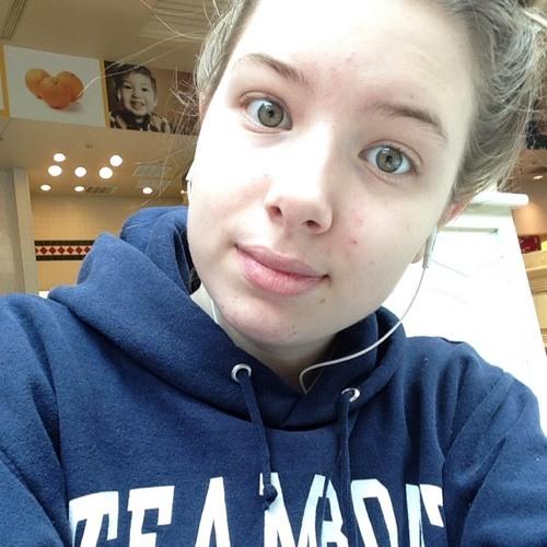 Victoria Lyne's avatar