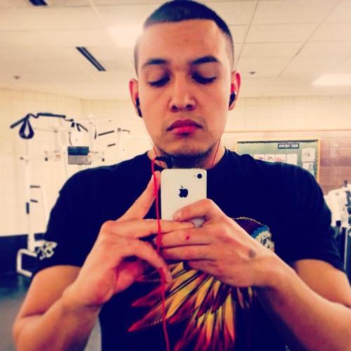 Carlos Guardado's avatar