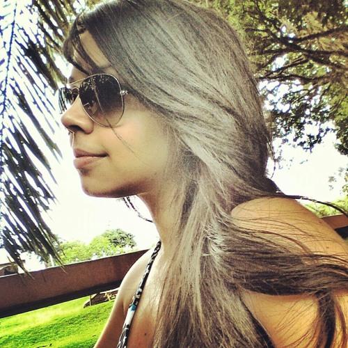 anaflaviass's avatar