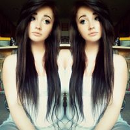 Charlee Marie 2's avatar