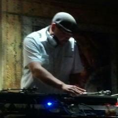 DJ iLL EQUiPT
