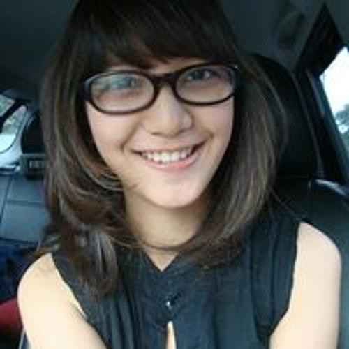 Aurellia Dewie's avatar