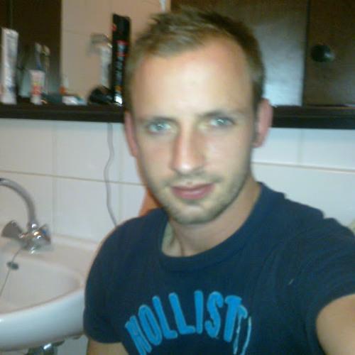 user455181590's avatar