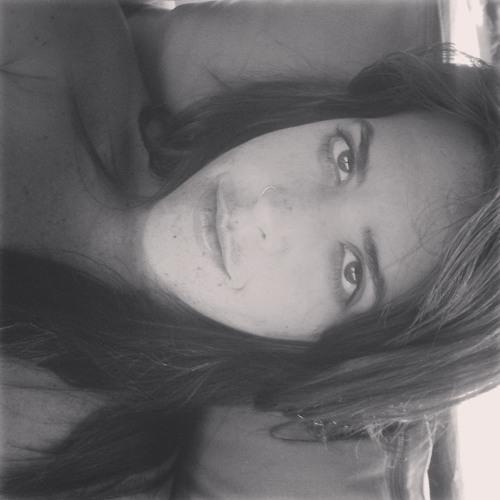 Nanda Bahia's avatar