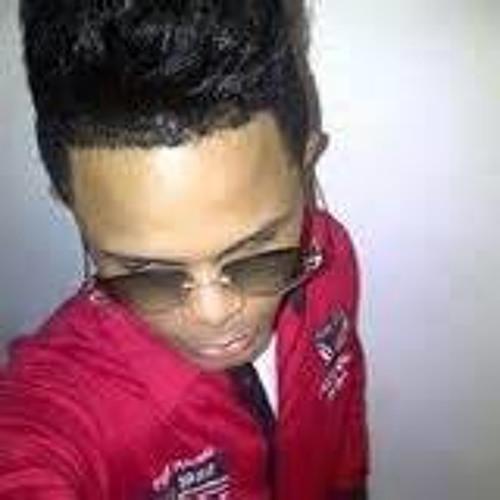 Raldy Felipe Raldy Felipe's avatar