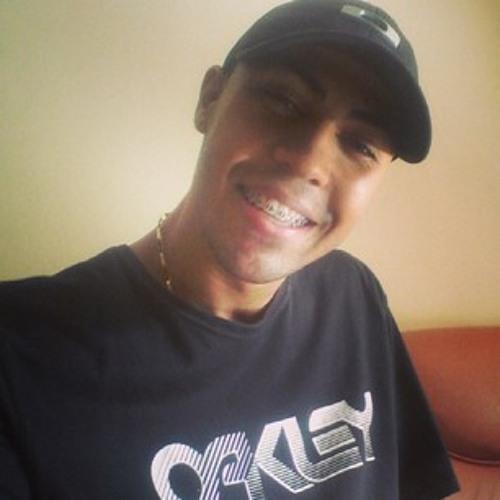 Romário Augusto's avatar