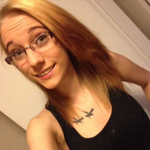 danielle nicole (:'s avatar
