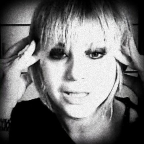 Evis Du's avatar