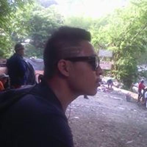 Vhell Castañeda's avatar