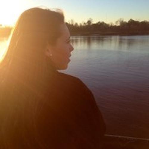 Tara Himani's avatar