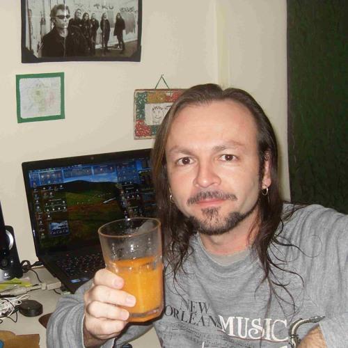 Betto McRose's avatar