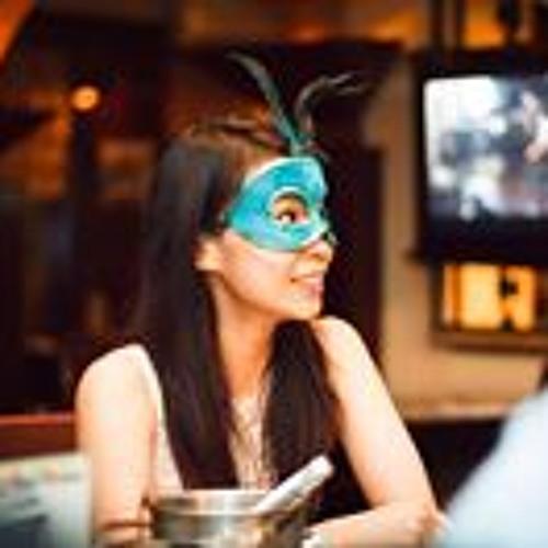 Claudia Finella's avatar