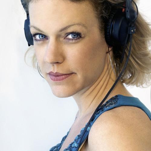DJ Astrella's avatar