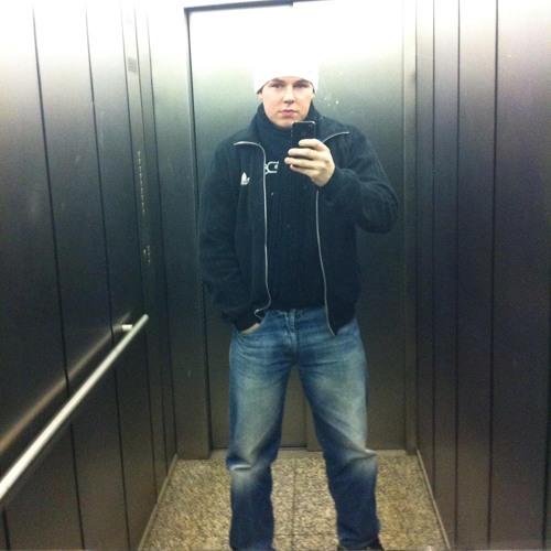 Denis Antwan Blume's avatar
