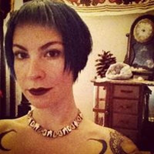 Laura Wrong's avatar