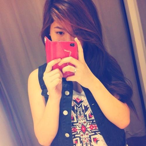 Kath Hubilla's avatar
