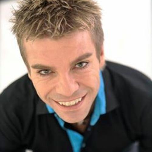 Henry van Dyk's avatar